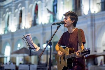 From Backpacking Street Musician to Front Page News And TV in Salta