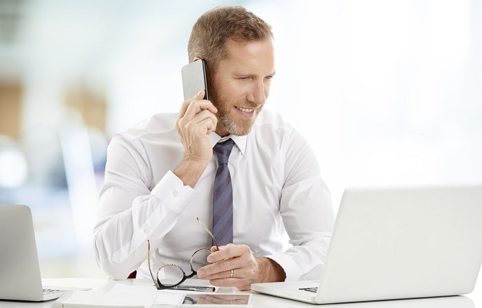 how to be a better salesperson improve selling skills sales professional