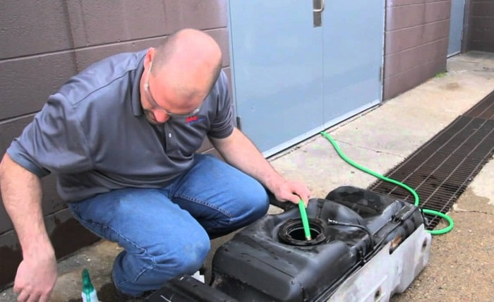 how to clean a diesel fuel tank
