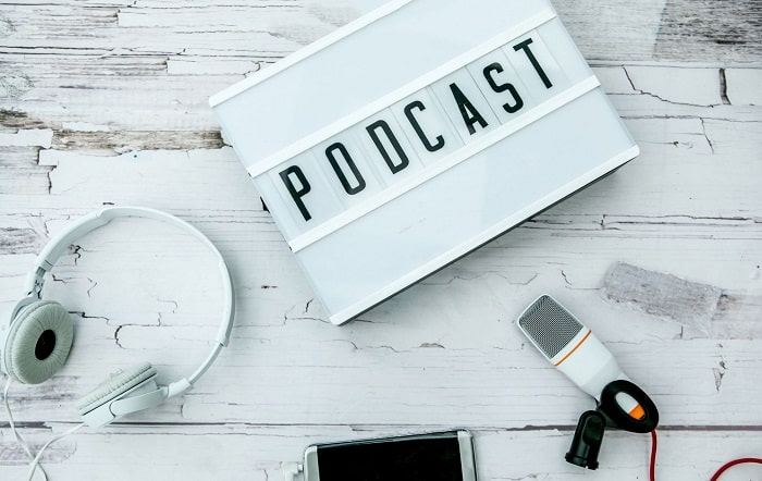 advantages podcasts for business building podcasting show profits