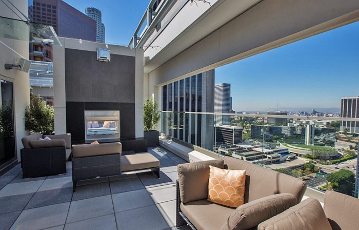 considerations apartment hunting in LA rental los angeles