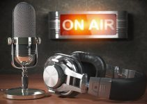 Top 5 Benefits of Hiring Podcast Production Services