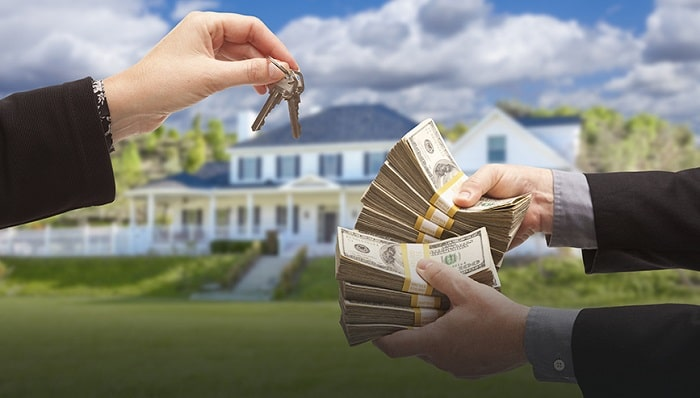 pros cons accept cash offer for my house selling home