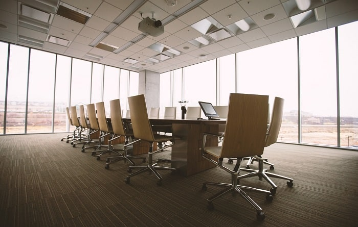 considerations choosing small office space picking business workplace